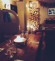 The Cross Inn Pub & Kitchen