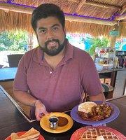 Tropical Cottages Cafe Marathon