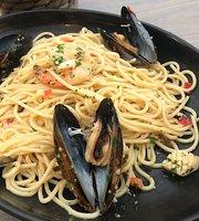 Beach HQ Restaurant & Bar Phillip Island