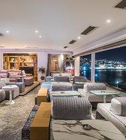 Blu-Blu Cafe Lounge Bar