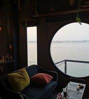Cafe On Saphan