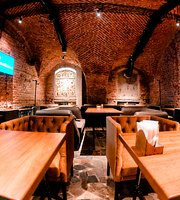 Edison Bar