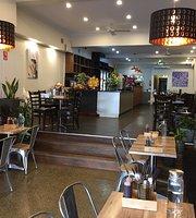 Blue Lotus Restaurant & Cafe