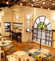 Los Almendros Restaurante