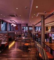 1906 Lounge Bar