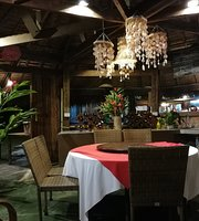 The Beach Khanom Bar&Grill Seafood