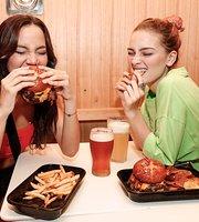 Williamsburg Burger Bar - Infanta