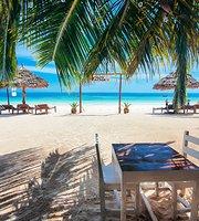 Papaya Restaurant & Beach Bar