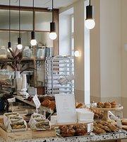 Cafe Trumpeldor