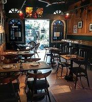 Bocadillos Restaurant & Bar