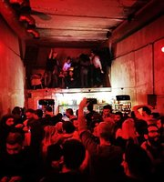 Moyka Garage Bar