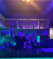 Tam Coc DMZ Bar
