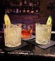 Heine Bar
