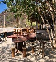 La Palapa Beach Bar & Restaurant