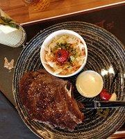 American Steak House Servon