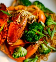 Crab & Co. Restaurant and Bar