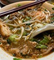 Chow Lucky Noodle Bar