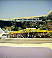Banana's beach club