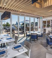 Lakeside Seafood & Grill