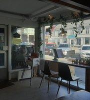 Palaeng Cafe Asian Street Food