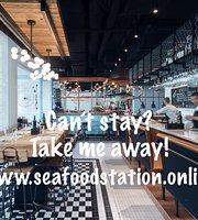Seafood Station Restaurant, Bar & Grill