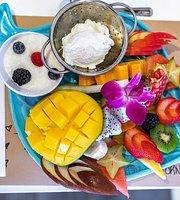 Reveil Matin SXM Breakfast & Lunch