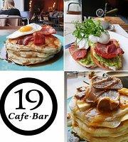 19 Cafe Bar