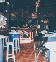The Return Bar-Restaurante