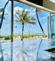 Deep Oceanfront Restaurant and Bar