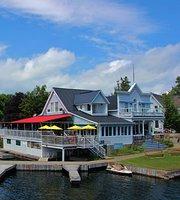 Boathouse Country Inn & Tavern
