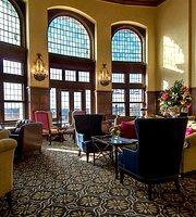 The Confederation Lounge