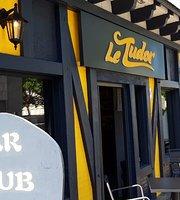 Le Tudor bar pub