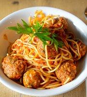 Tre Bambini Italian & Seafood Restaurant
