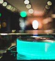 Sunday Vinyl