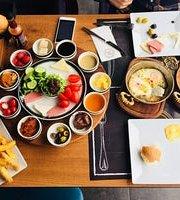 Sky Way Cafe Restaurant