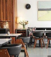 Kolektiv Cafe Bistro Wine Bar