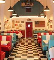 Arnold's American Diner Bari