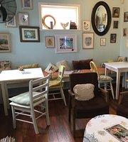 Rabbit Moon Cafe