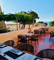 Oinoa Wine Restaurant