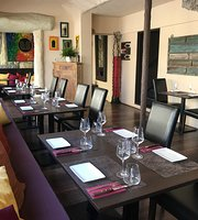 Moksha Resto-Lounge Indien