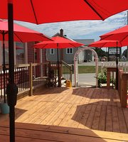 Red Gables Creperie & Eatery