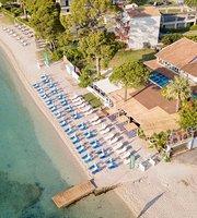 Sail Inn Beach Club