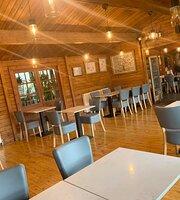 Greenbean Coffee Shop and Bistro