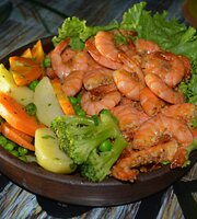 Camaroes beach bar & gril
