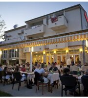 Pension & restaurant Burin