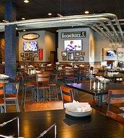 Boombozz Pizza & Watch Bar
