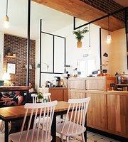 Cavoua Coffee Spot