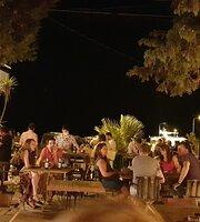 Chef Beach Pub Whatsup