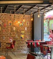 Galata Frida House Cafe