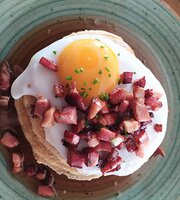 Myrtillo Cafe Brunch and More